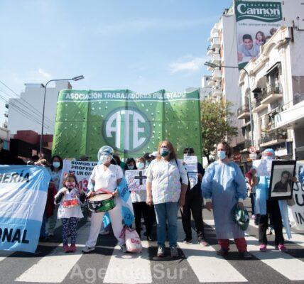 Protesta del personal de salud del Hospital Ramos Mejía de CABA